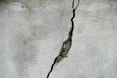crack-g6356d1355_1920