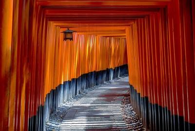 fushimi-inari-shrine-1886975_1920