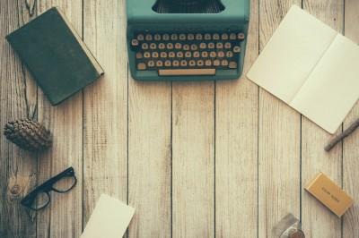 typewriter-g317e16c34_1920